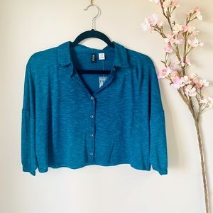 UO / BDG / CROPPED BUTTON UP TEE